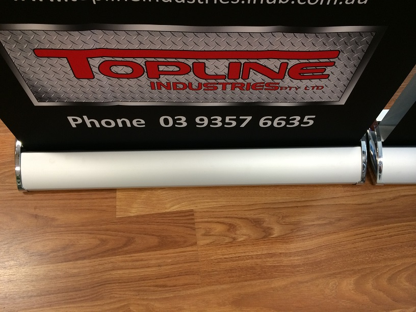 double sided pull up banner-mesh01
