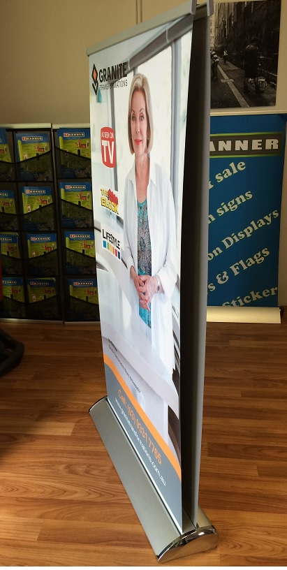 Double sided luxury pull up banner 02
